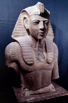 Granite bust of pharaoh Merneptah,son of Ramesses II. •Egyptian Museum,Cairo•