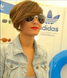 Frankie Sandford.. I love her haircut.