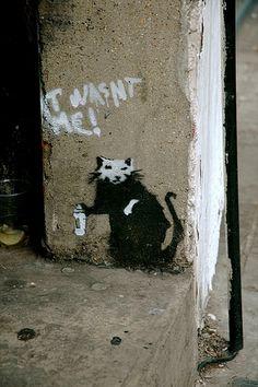 Banksy mouse next to street artwork people often think is Banksys. #banksy - more streetart @ www.streetart.nl