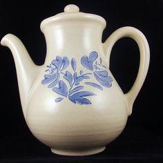 Vintage Pfaltzgraff Yorktowne Coffee Pot with lid, 1960s - Pfaltzgraff