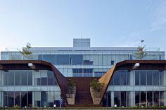 Grha Adhi Media Complex / Atelier TT