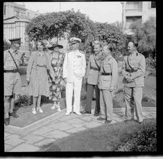 King George II - Crete 1941 - pin by Paolo Marzioli King George Ii, History Online, British Government, Ww2, World War, Battle, Sailors, Soldiers, Mercury