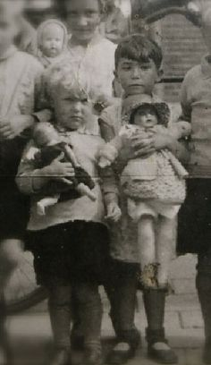 Elisabeth Tertaas, holding a doll. Died in Sobibor extermination camp, 1943.