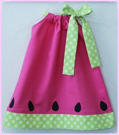 watermelon dress - this is for etsy, but easily made with a pillowcase dress pattern. Sewing For Kids, Baby Sewing, Sewing Ideas, Sewing Projects, Fashion Kids, Little Girl Dresses, Girls Dresses, Summer Dresses, Watermelon Dress