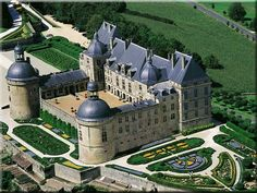 chateau hautefort in france