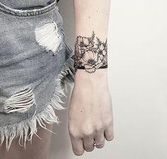 30 Mini Tattoos On Wrist Meaningful Wrist Tattoos - Mini Tattoo . - 30 Mini Tattoos On Wrist Meaningful Wrist Tattoos – Mini Wrist Tattoos; Tattoos For Women Small Meaningful, Meaningful Wrist Tattoos, Simple Wrist Tattoos, Flower Wrist Tattoos, Wrist Tattoos For Women, Floral Tattoos, Wrist Band Tattoo, Wrist Tattoo Cover Up, Tattoo Bracelet