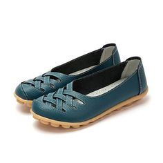 Big Size Soft Breathable Slip On Hollow Out Flat Shoes is cheap and comfortable. There are other cheap women flats and loafers online. Cute Flats, Cute Shoes, Comfy Shoes, Comfortable Shoes, Loafers Online, Tory Burch Flats, Loafer Shoes, Women's Shoes, Womens Flats