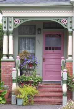 Nice pink door in Victorian house in Ferndale, California/USA. Beautiful Gardens, Beautiful Homes, Beautiful Places, World Beautiful City, Outdoor Rooms, Outdoor Decor, Exterior Makeover, Grand Entrance, Door Knockers