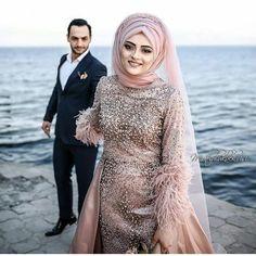 Likes, 45 Comments - tesettur Giyim Öneri Sayfası ( on Instag. Muslimah Wedding Dress, Hijab Style Dress, Muslim Wedding Dresses, Muslim Dress, Designer Wedding Dresses, Bridal Dresses, Wedding Gowns, Wedding Rings, Bridal Hijab