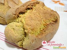 Pane con lievito madre alla curcuma e semi di papavero  #ricette #food #recipes
