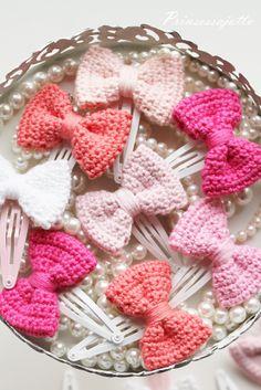 Prinsessajuttu: crochet hairclips