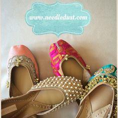Sooooo pretty❤️️❤️️❤️️ Indian #Juttis, hand embroidered flat shoes, #needledust via @topupyourtrip