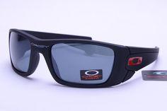 Oakley Lifestyle Sunglasses Black Frame Gray Lens 0673