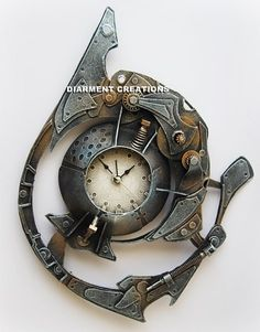 Steampunk Spiral Time Clock V--one of the gorgeous Steampunk creations from the artist's etsy store Steampunk Kunst, Steampunk Clock, Cyberpunk, Diesel Punk, Unusual Clocks, Steampunk Gadgets, Gothic, Steampunk Accessories, Steampunk Fashion