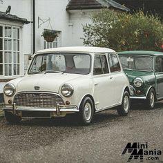 mum was right.its always best to take a friend . Black Mini Cooper, Cooper Car, Classic Mini, Future Car, Vintage Cars, Motors, Minis, Honda, 1960s