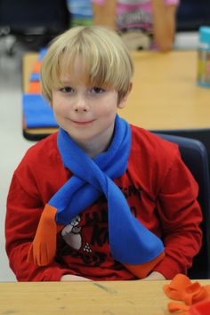 Classroom Christmas Party Craft Idea... make polar fleece kids scarves in school colors - no sew!