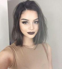 shoulder length hair + lob + make-up / #beauty #hairstyles