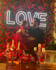 Shahid Afridi celebrates First Birthday of Daughter Arwa Shahid Afridi, Little Princess, First Birthdays, Daughter, Celebrities, Celebs, Love, Heart Eyes, Pakistan