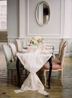 Via Style Me Pretty I like how the tablecloth is tied at the ends