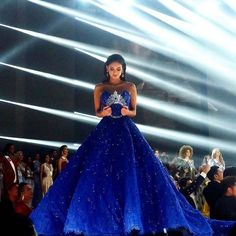 Pia Wurtzbach's Madame Tussauds wax figure to wear Michael Cinco gown Pageant Dresses, Quinceanera Dresses, 15 Dresses, Michael Cinco Gowns, Miss Universe Dresses, Miss Universe 2015, Pretty Dresses, Beautiful Dresses, Debut Gowns