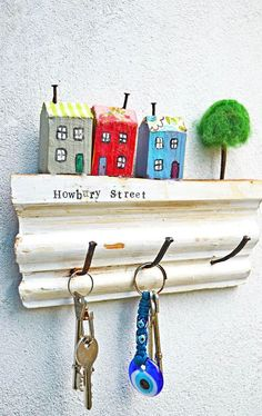 Super Cute Use of Scrap Wood, A Wall Key Rack