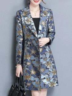 Elegant Flower Printed Suit Collar Long Sleeve Coats For Women : Specification: Sleeve Length:Long Sleeve Neckline:Suit Collar Color:Blue Style:Elegant,Fashion Pattern:Printed Material:Polyester,Cotton Season:Spring,Autumn Package Batik Fashion, Blue Fashion, Batik Blazer, African Fashion Dresses, Fashion Outfits, Silvester Outfit, Fashion Pattern, Iranian Women Fashion, Look Blazer