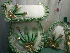 Juego De Baños Modernos... Flower Crafts, Diy Crafts, Flowers, Bedroom, Ideas, Google, Style, Farmhouse Rugs, Scrappy Quilts