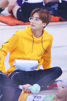 jeonghandata - Posts tagged era: you make my day The8, Mingyu Wonwoo, Seungkwan, Hoshi, Vernon, Dino Seventeen, Jeonghan Seventeen, Onii San, Hip Hop