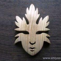 Sculpture masque feuilles / esprit de l'arbre 2 en chantournage