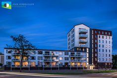Het appartementencomplex aan de Baan, IJsselsteinVorig jaar in de zomer fotografeerde ik een opdracht zeer dicht bij huis. Slechts enkele honderden meters van mijn woonhuis fotografeerde ik o.a. in opdracht van de architect dit appartementencomplex....