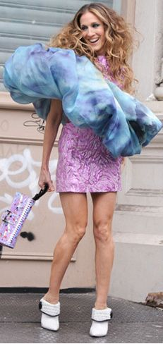 Carrie Bradshaw (SJP) love love love her. Not this exact outfit but it shows how fun she is!