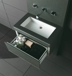 I love it...it´s black! Fiora Touch Your Bathroom