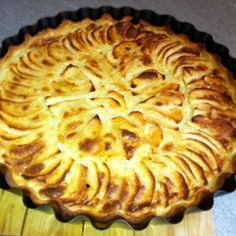 tarte aux pommes alsacienne Beignets, Apple Recipes, Cheesecakes, Apple Pie, Fondant, Biscuits, Raspberry, Deserts, Food And Drink