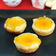 Portuguese custard tarts   RecipeNewZ- my best friends mom makes these for me! Love them!!!!