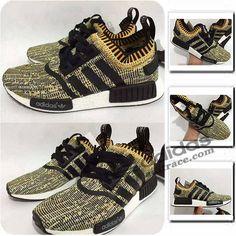 Adidas NMD_R1 Primeknit Originals Chaussure Homme Jaune/Triple Noir :aditrace Adidas Nmd Primeknit, Adidas Nmd R1, Adidas Sneakers, The Originals, Shoes, Fashion, Adidas Shoes, Mens Shoes Uk, Boutique Online Shopping