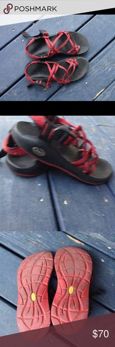 Chacos Women's chacos size 8 red and black. Really good condition other than the Chaco missing on one of the shoes but it's not really noticeable Chaco Shoes Sandals