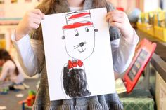 Looking for a simple art project to celebrate reading month? This Cat in the Hat-inspired art is super-easy to create with kindergarten or first grade students, is engaging and looks amazing. Kindergarten Art Projects, Teaching Kindergarten, Greeting Card Video, Reading Response Activities, Easy Art Projects, Project Ideas, Watercolor Art Diy, Teacher Inspiration, Simple Art