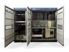 VAX 11/780 Computer – CPU Foi num desses que foi desenvolvido o código para acessar a internet que você está usando para ver essa foto ...