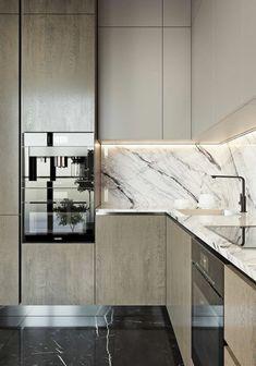 relooking cuisine, repeindre sa cuisine, meubles en couleur taupe, sol avec des dalles en noir brillant, crédence imitation marbre blanc avec des nervures noires