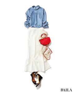 講演会は盛況のうちに終了。憧れの女流作家とおつかれさまのディナー 念願の食事会に行くから、シャツをスタンドカラーで着こなしてドレッシーに。ホワイトスカートで清潔感も意識してみた! おしゃれな方に会うから、差し色バッグで華やかなポイントを入れるのも忘れずに。食事中、女流作・・・ Japanese Fashion, Asian Fashion, What To Wear Tomorrow, Japan Outfit, Hijab Fashion Inspiration, Tokyo Street Style, Minimalist Fashion, Daily Fashion, Casual Outfits