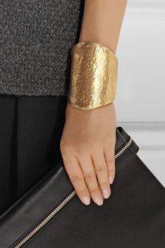 Want this hammered gold cuff!