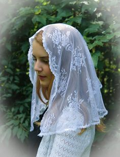 Evintage Veils~ Our Lady of Perpetual Help Traditional Catholic Lovely Mantilla Chapel Veil Pure White SHORT VEIL