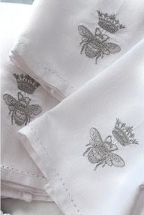 #linens #french #frenchlinens #ideas @artisanslist ❤️❤️❤️  embroidered linen...queen bee