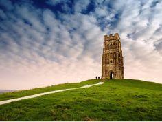 イギリス最大のパワースポットへ!グラストンベリーと世界遺産ストーンヘンジ&エーヴベリー観光ツアー<金曜催行/終日/少人数制/ロンドン発>…
