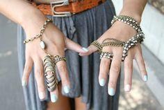 A Menina Veste Prada : O uso de muitos anéis