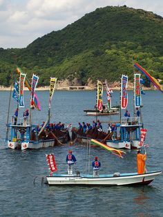 """And I decided to travel to May to try to see the roses in Fukuyama, to discover what interesting When I variety seen in the net!  Rashiku <br /> <br /> """"Fukuyama-Ura tourism snapper network of Tomo"""" <br /> <br /> traditional fishing method that also transmitted 370 years Tomonoura, it is possible to do that is to tour and ride it to the ship It is.  <br /> today's ticket is little you enhance and 3000 yen, but you can choose what suits them because there are all kinds of admission ticket…"""