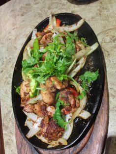 Gà xào xả ớt  Lemongrass chicken with chilli Photo taken at Mui Ngo Gai by Karen L. on 9/17/2013