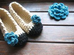 Crocheting: Flowers head to toe, pattern pairing