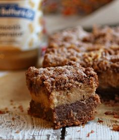 Chocolate and Peanut Butter Crumb Bars with @peanutbutterco