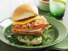 Burger mit Tofu und Mango ist ein Rezept mit frischen Zutaten aus der Kategorie Südfrucht. Probieren Sie dieses und weitere Rezepte von EAT SMARTER!